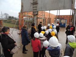 Visite_des_Elèves_au_chantier_de_la_future_Ecole_Maternelle_-_vendredi_16_decembre_2016_-____(15)
