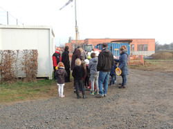 Visite_des_Elèves_au_chantier_de_la_future_Ecole_Maternelle_-_vendredi_16_decembre_2016_-____(1)