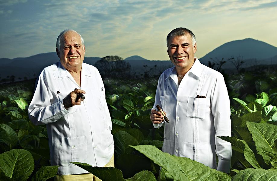 Alejandro & Alberto Field
