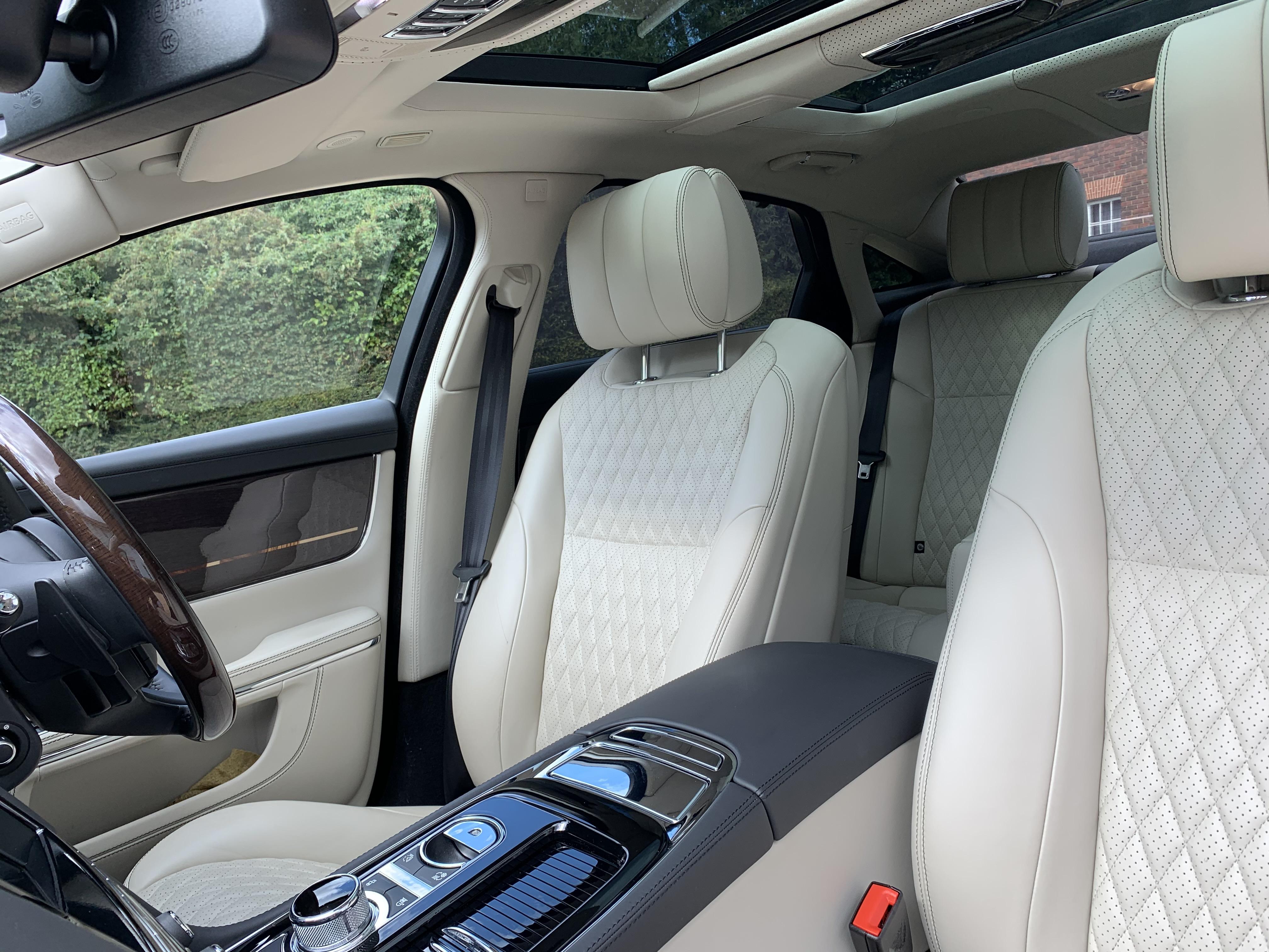 Jaguar XJ L 088