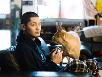 Leo王(リオ・ワン)日本デビュー記念インタービュー(上)/「回想起來,還是在舞台上演出的時候最來勁。」—— Leo王日盤發行紀念專訪(上)