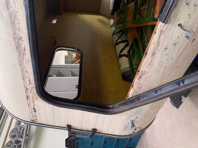 ramen en rubbers eruit