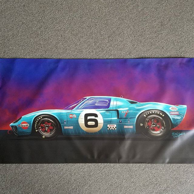 We printed this #mancavebanner for our buddy _billzankich who also create the artwork #rodtees #tshi