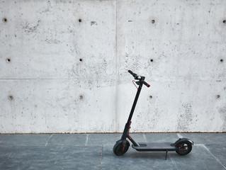 eScooter - Erste Versicherungsplaketten am Start