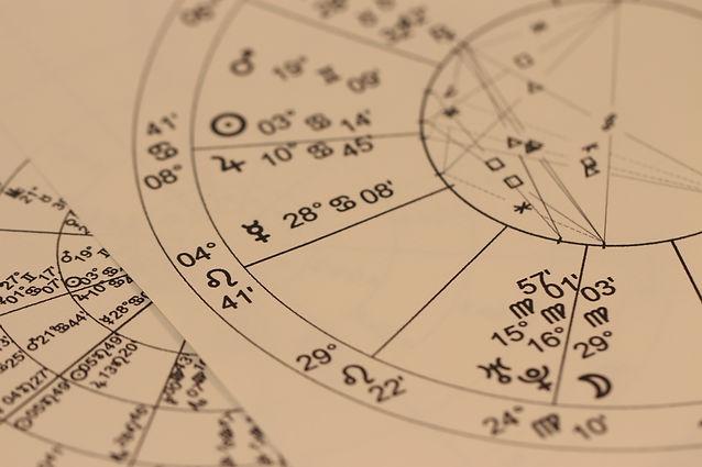 hand-sign-pattern-line-constellation-cir