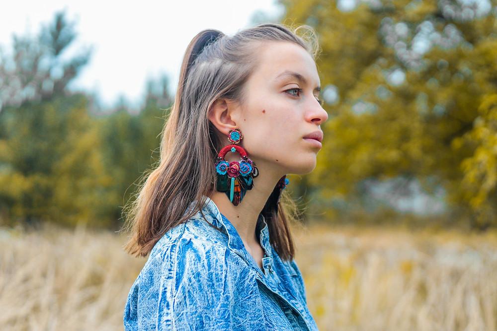 bohemian earrings, statement feather earrings