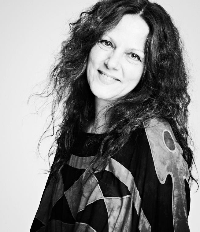 KAREN FLOOD|Costume Designer