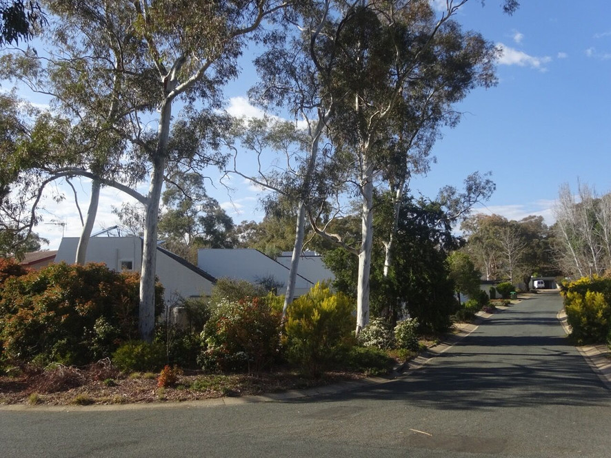 Holder Townhouses Photo 6