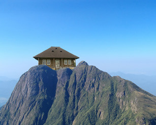 Casa sobre a rocha