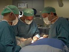 Dra. Anastasio_cirurgia.png