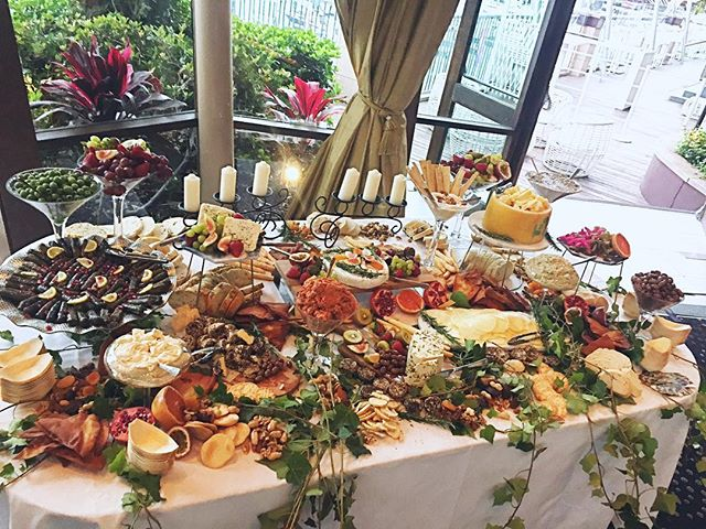 Food glorious food #wedding #darlingharbour #grazingtable #mezzestation _weddedwonderland _docksideg