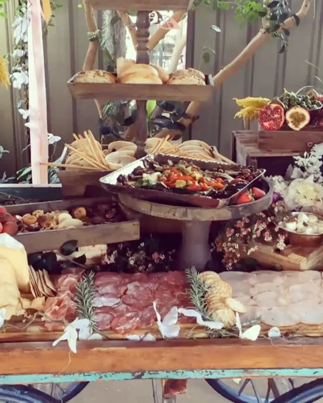 Loved doing this bohemian feel grazing table #antipasti #grazingtable _grazingtableandcheeseboards #