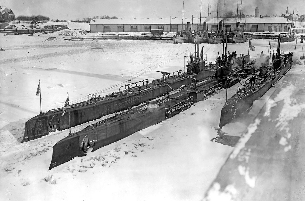 Russian submarines in the Baltic 1915