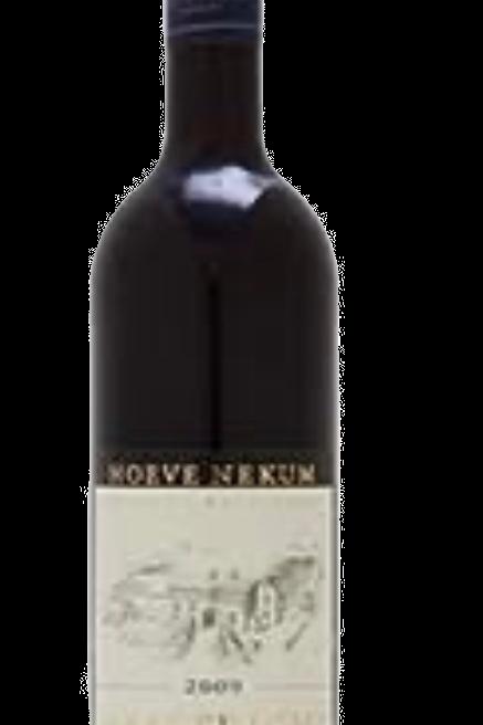 Hoeve Nekum Pinot Noir rood (14,95 per fles)