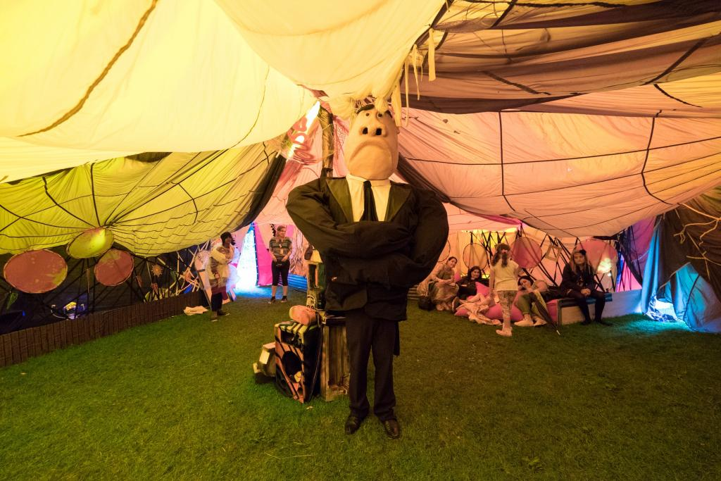 LIMF, Bodyguard Puppets