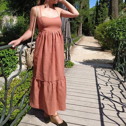 robe longue, lin, ostara atelier, création éthique, vêtement écoresponsable, mode durable, marque français, casual, artisanat