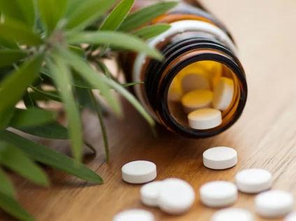 homeopathy-bottle-pills_edited.jpg