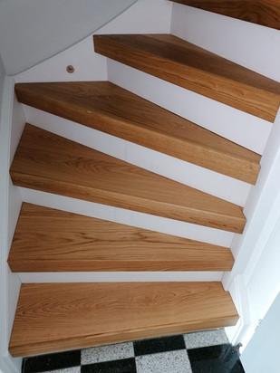 Trap gerenoveerd door Parketvloerenhuis BV