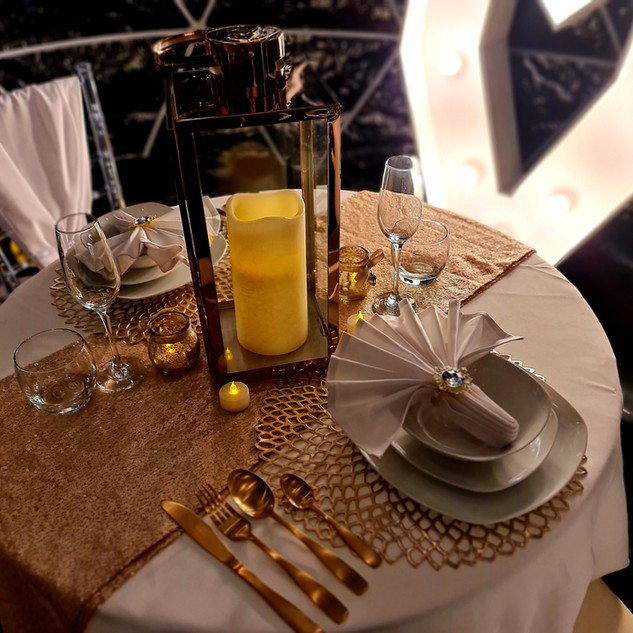 Gold Dining Set Up For Two With 4ft Light Up Haert