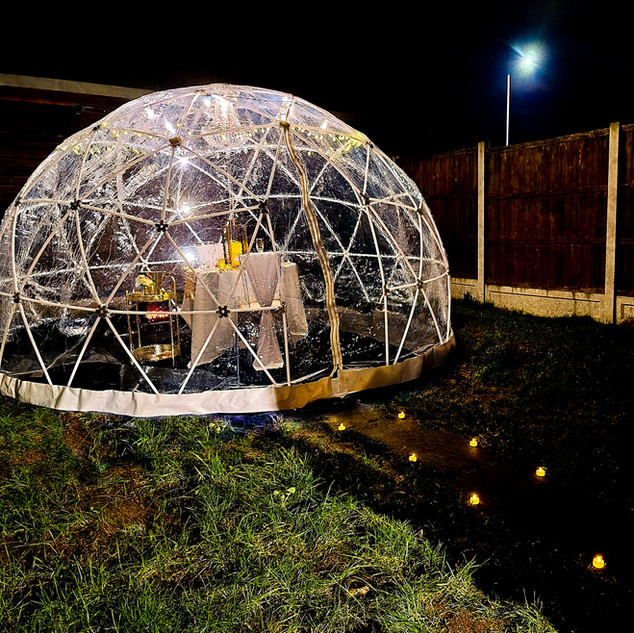 Romantic Igloo Set Up With LED Candles