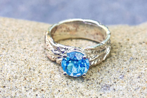 Swiss Blue Topaz (8mm) Round Leaf Band Ring