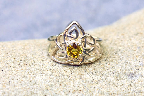 Yellow Sapphire (5mm) Round Fancy Celtic V-Knot Ring - Sterling