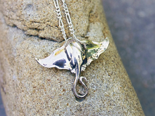 Manta Ray Pendant in Sterling Silver