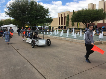 EarthX Day 3 - CCA Solar Car Team sharing with the community!