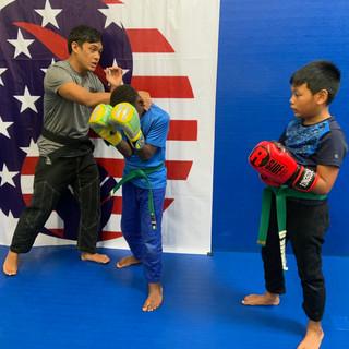 Fort Washington Kids boxing training