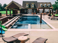 fiberglass pool and hot tub built by Butler Pool and Spa