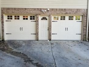 4 Factors to Consider Before Choosing a Garage Door