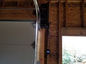 How To Maintain a Smooth Operating Garage Door Opener