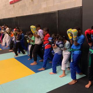 Fort Washington Kids kickboxing class