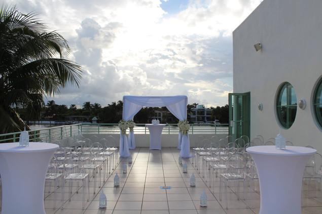 outdoor-terr-ceremony-2.jpg