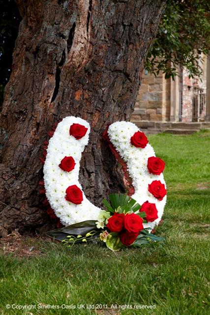 Tributes HORSESHOE