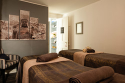 l-institut-the-beauty-bar-2299-lyon cab