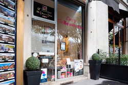 l-institut-the-beauty-bar-2299-lyon exte