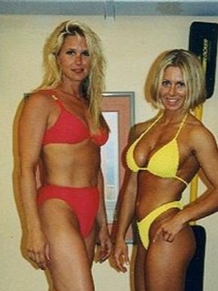 Jeanne Hunter vs Jill Monroe