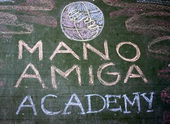 Mano Amiga Academy