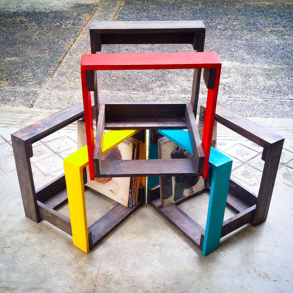 Salansan Vinyl Crates