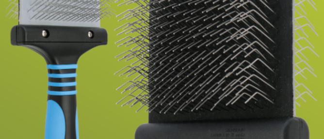 Pro Firm Flexible Slicker Brush – Doodle – Blue