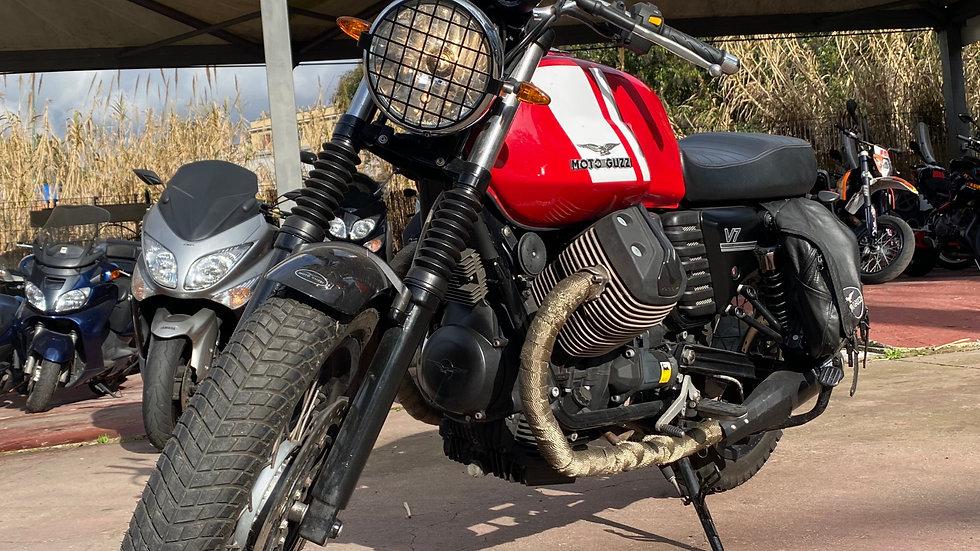 Moto Guzzi V7 _ Km 16.800
