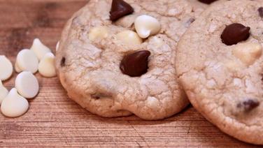 chocolate & white chocolate chip cookies