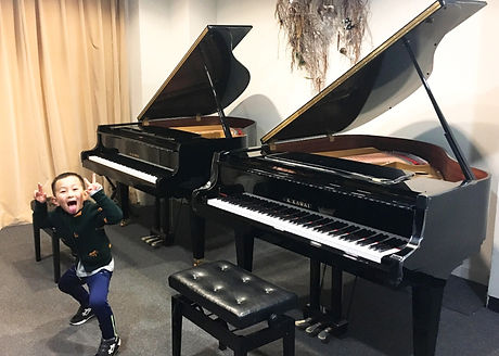 Grand Piano practice room hire Master Piano Institute
