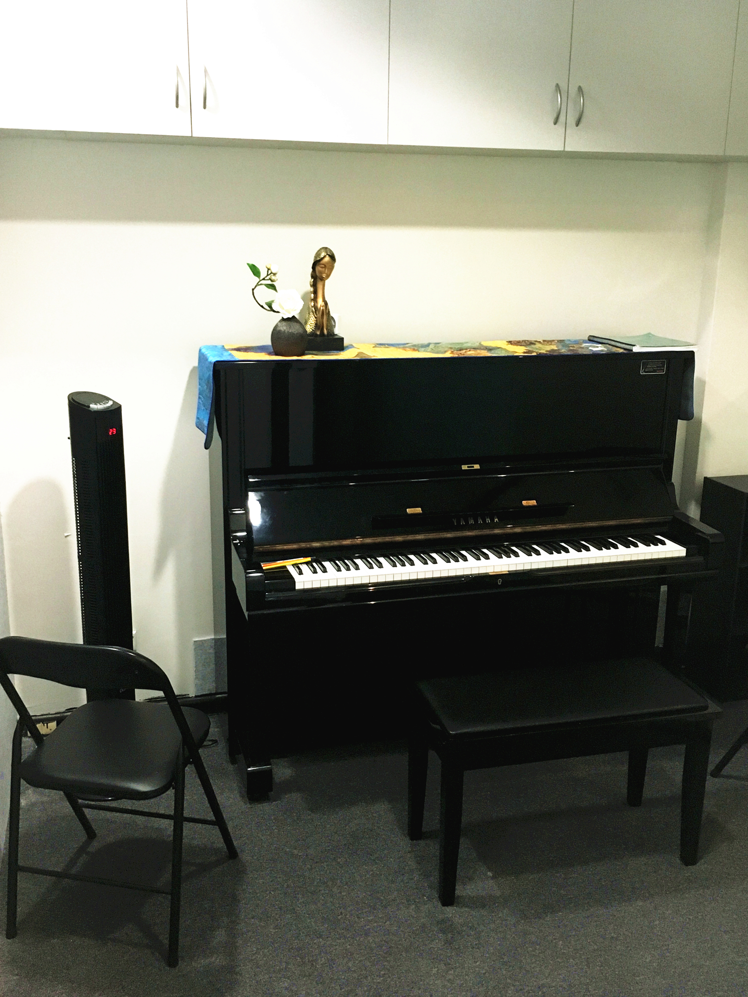 upright piano room hire sydney CBD
