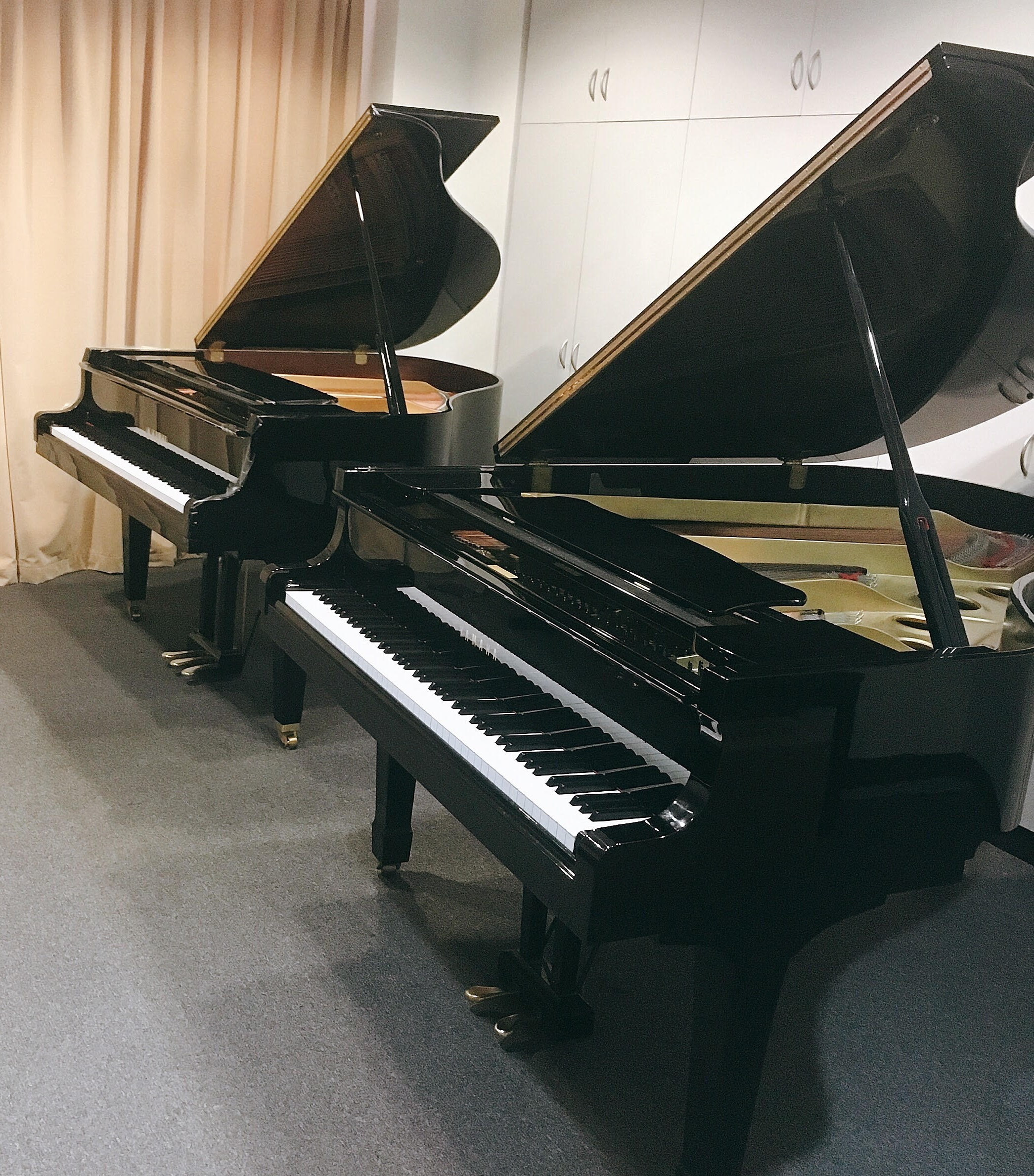 two grand piano room hire sydney cbd