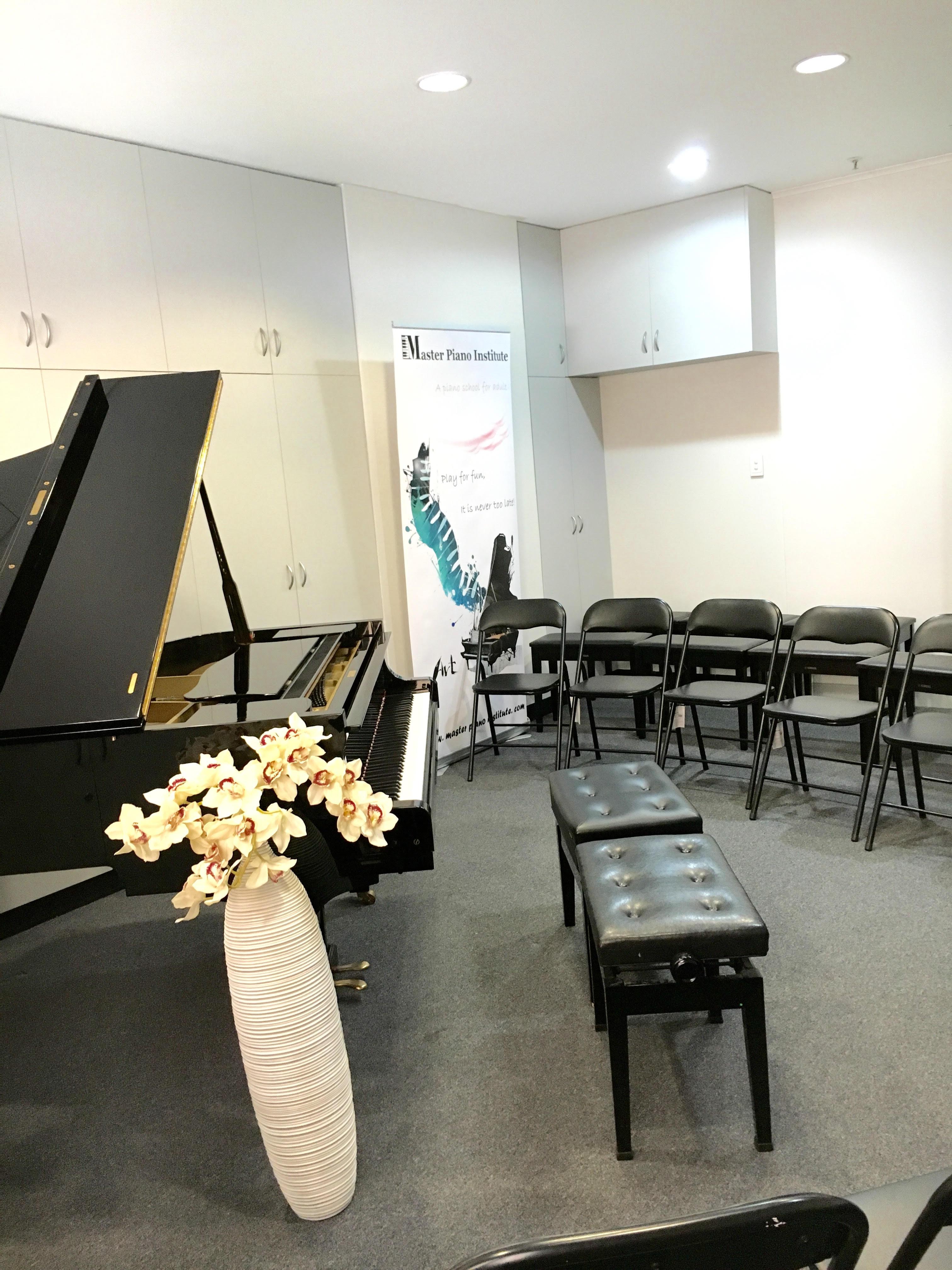 Grand piano room hire master piano