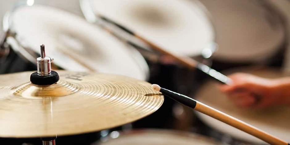 Drum-Lesson-–-5-Things-You-Can-Learn.jpg