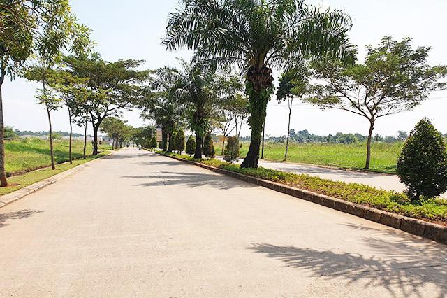 Jalan Utama Grand Nusa Indah