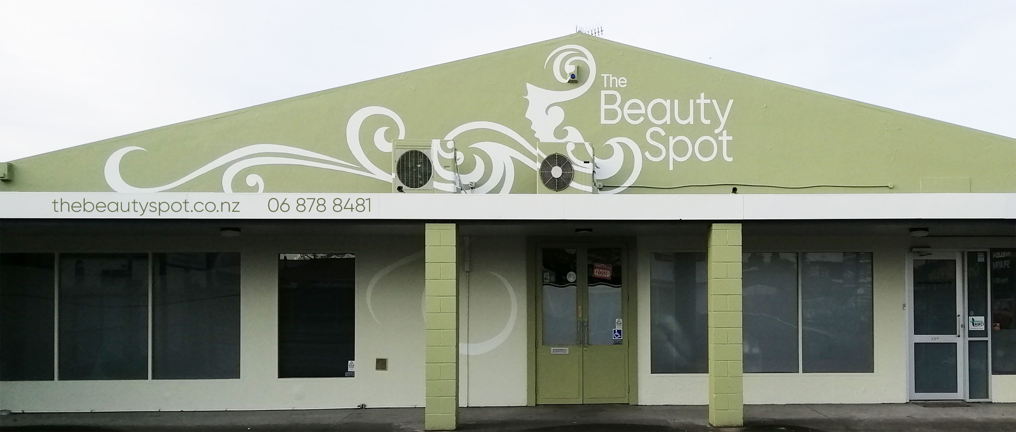 the beauty spot shop finished